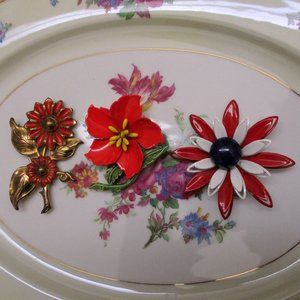 Shades of Red Enamel Flower Brooch Lot Vintage